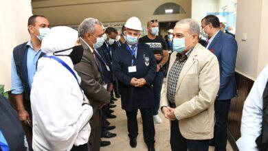 صورة وزير الدولة للإنتاج الحربي يتفقد أبي قير للصناعات الهندسية