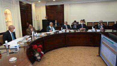 صورة وزير الإسكان يتابع الموقف التنفيذى لمشروعات المبادرة الرئاسية حياة كريمة لتطوير الريف المصرى