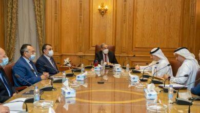 صورة وزير الدولة للإنتاج الحربى و المدير العام لمجلس الإمارات للشركات الدفاعية