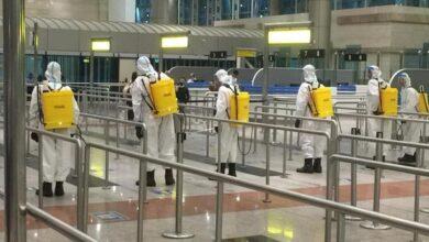 صورة عمليات تعقيم مستمرة بالمطارات المصرية وعلى متن الطائرات