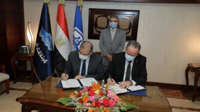 صورة الفريق أسامة ربيع يشهد توقيع بروتوكول التعاون المشترك مع الهيئة العامة للتأمين الصحي الشامل