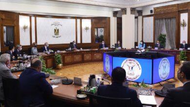 صورة مدبولى الرئيس يتابع بشكل دوري كل ما يتم مناقشته من مجالات تعاون مع الشركات الجادة الراغبة في الاستثمار في مصر