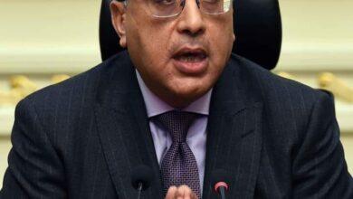 صورة رئيس الوزراء يهنئ شيخ الأزهر بمناسبة ذكرى المولد النبوي الشريف