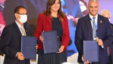 صورة وزيرة الهجرة تعلن تفاصيل إصدار أول وثيقة تأمين للمصريين العاملين والمقيمين بالخارج مطلع2022