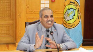 """صورة رئيس جامعة الأزهر: الكتاب الإلكتروني سيكون في صورة """"أبلكيشن"""""""