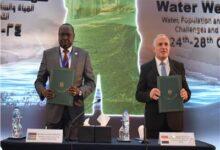 صورة توقيع مذكرة تفاهم بين مصر وجنوب السودان فى مجال الموارد المائية والري